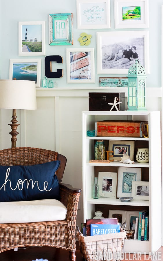 coastal farmhouse decor