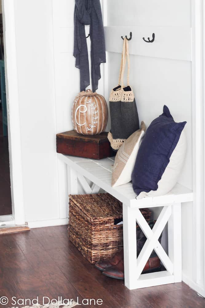 coastal farmhouse mudroom