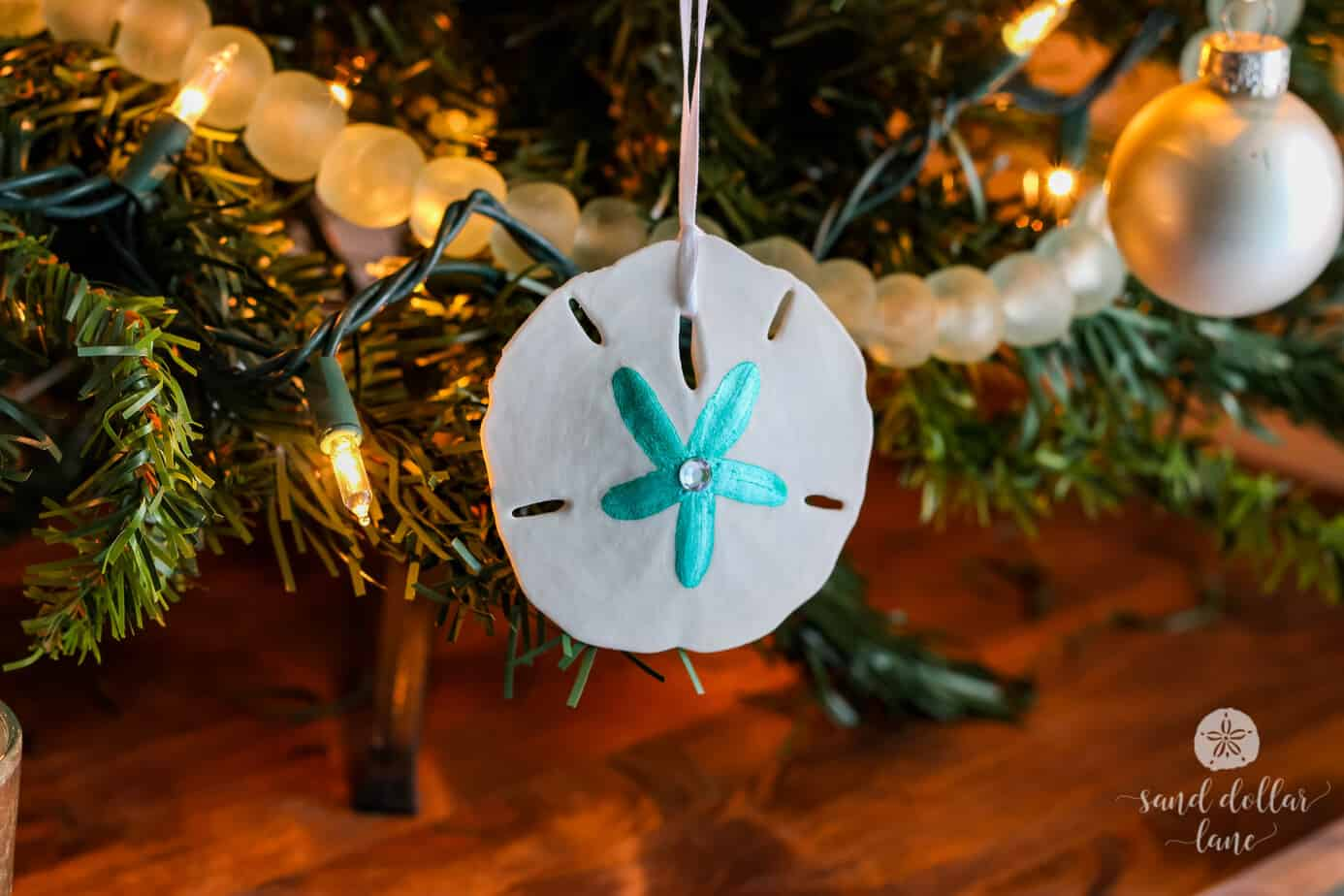Coastal Christmas Tree Aqua And White And A Blog Hop