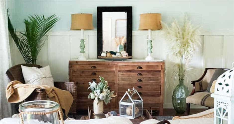 Simple Coastal Fall Decorating