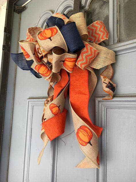 fall door bow