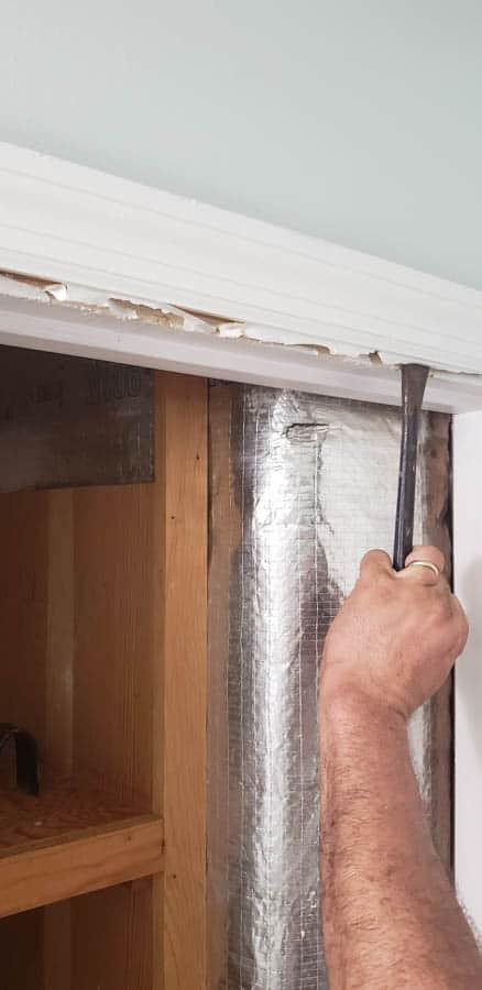 closet door trim